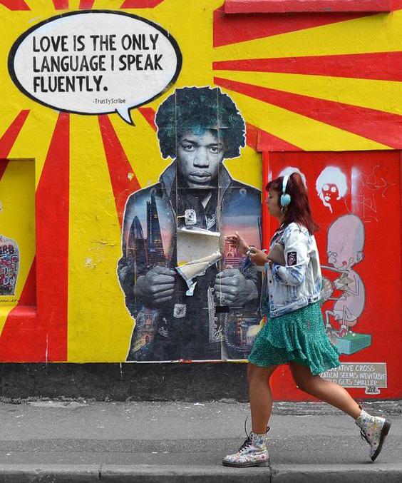 the postman art_opera muro